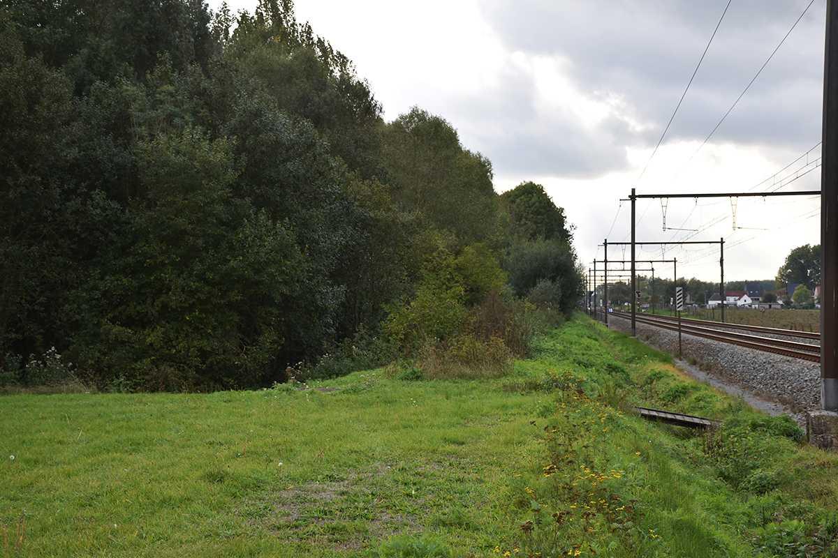 De aankoop van het bos maakt een uitbreiding van de fietssnelweg langs de spoorweg mogelijk.
