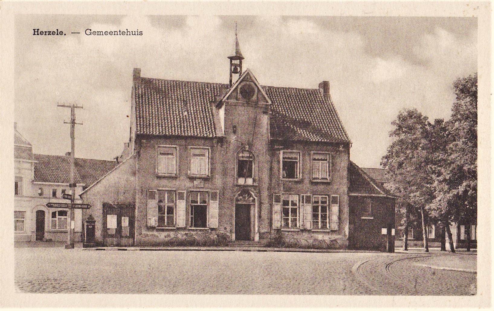 Oude postkaart van het Schepenhuis