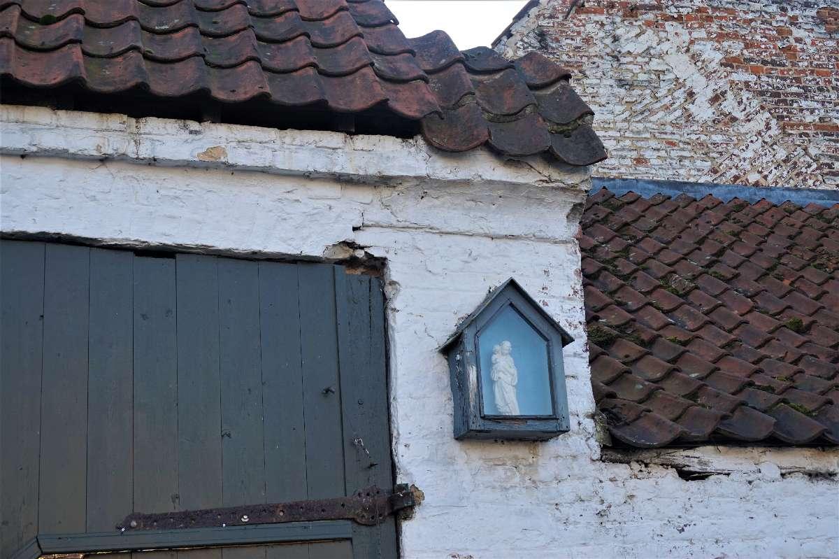 Kapelletje aan Hof De Meyerij in Hillegem